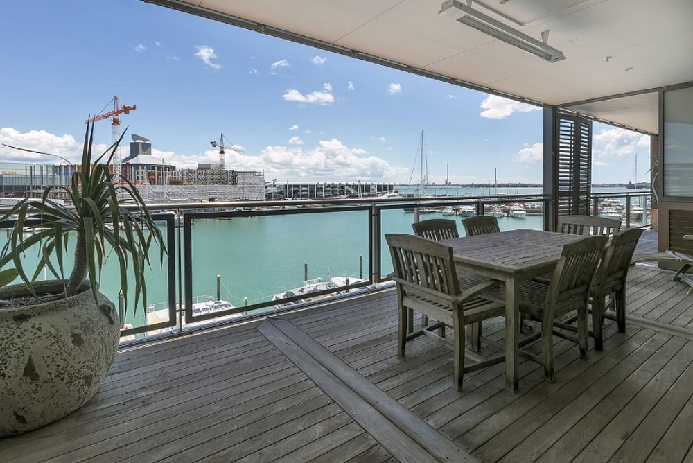 Waterfront Viaduct Apartment - The Point - Price by negotiation / 4 beds / 4 baths / 2 cars