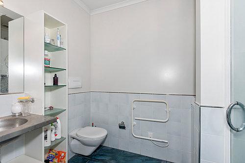 Viaduct-City-Apartments-For-Sale-Auckland-Hamish-Duke-145_Quay_St_2.jpg
