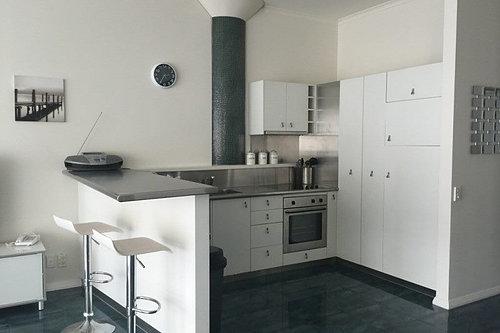 Viaduct-City-Apartments-For-Sale-Auckland-Hamish-Duke-145_Quay_St_5.jpg