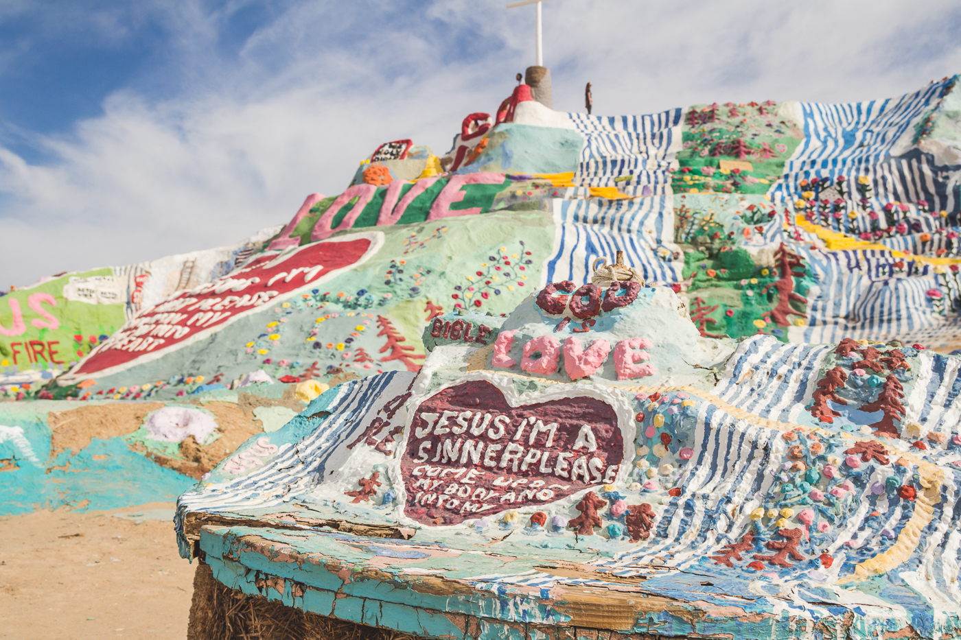 salvation-mountain-10