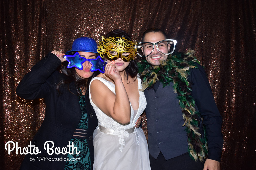J & V Photobooth-22.jpg