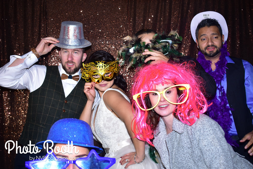J & V Photobooth-26.jpg