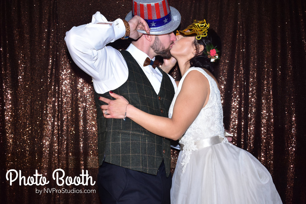 J & V Photobooth-28.jpg
