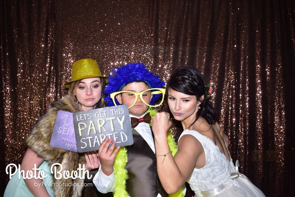 J & V Photobooth-35.jpg