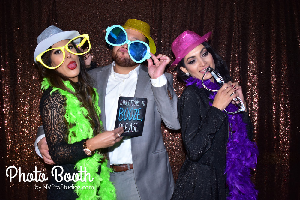J & V Photobooth-53.jpg