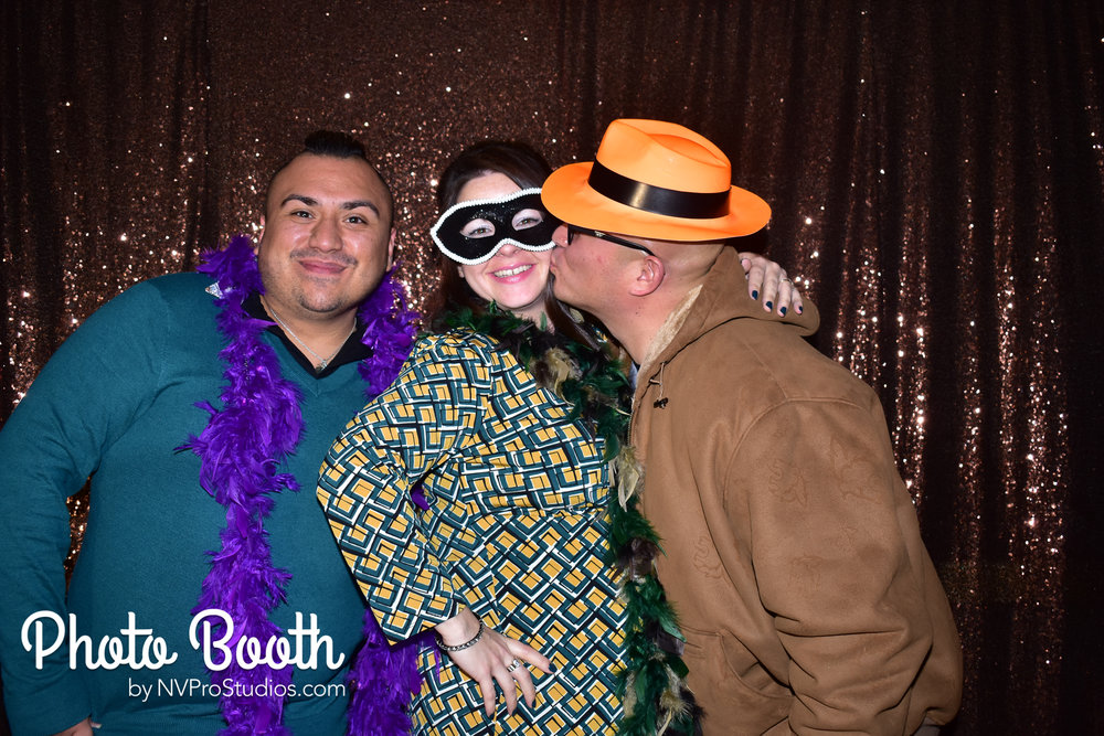 J & V Photobooth-64.jpg