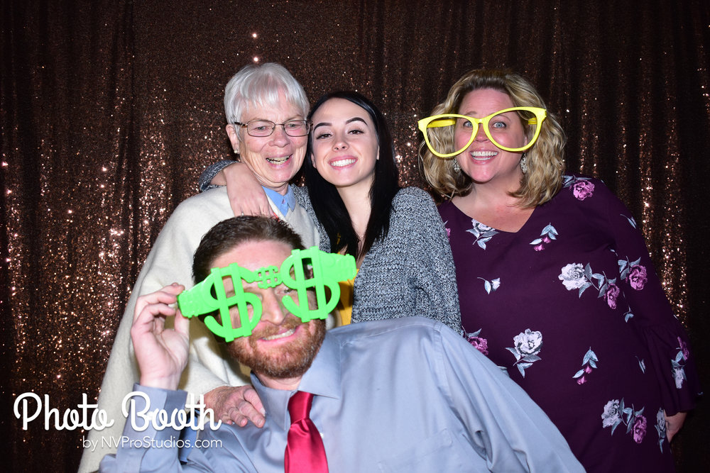 J & V Photobooth-67.jpg