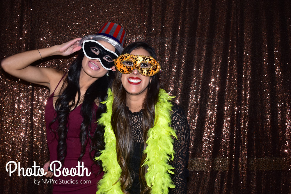 J & V Photobooth-96.jpg
