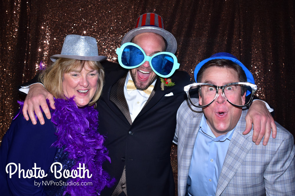 J & V Photobooth-98.jpg