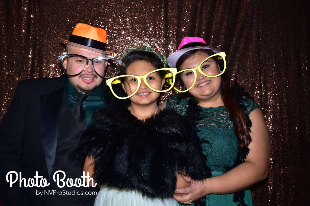 J & V Photobooth-100.jpg
