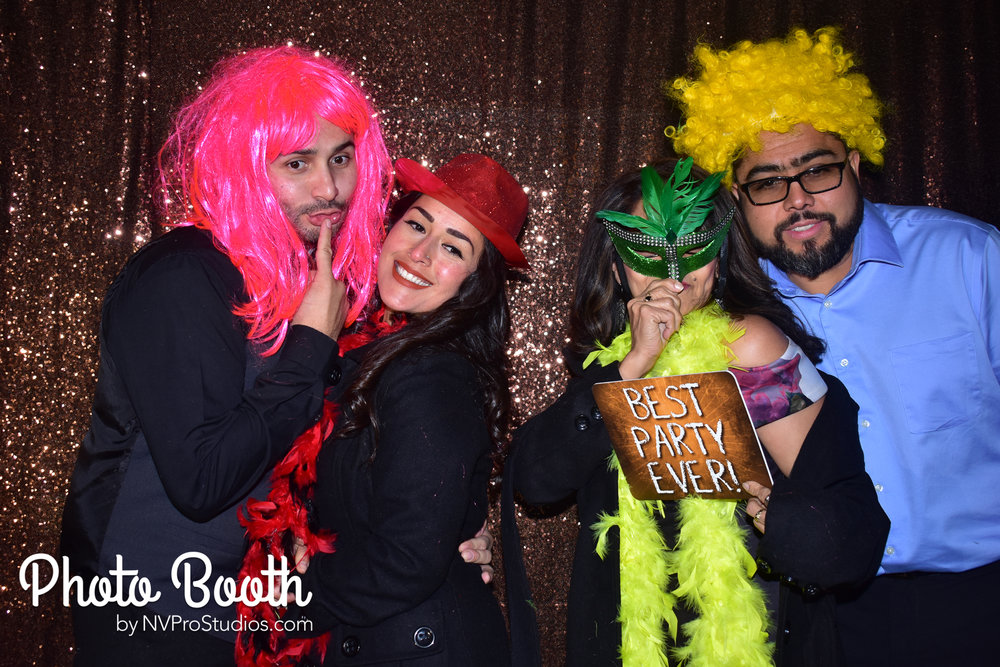 J & V Photobooth-118.jpg
