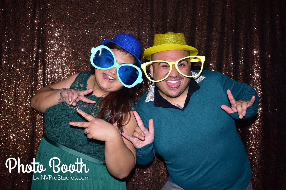 J & V Photobooth-122.jpg