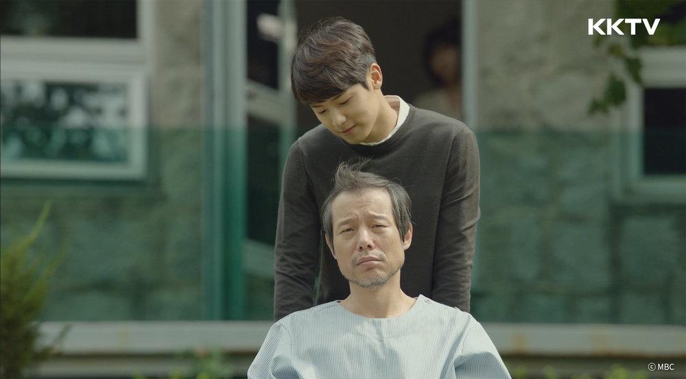 ▲《醫療船》線上看:強檔韓劇台每週三、四晚間黃金十點檔,隔天中午12:00重播