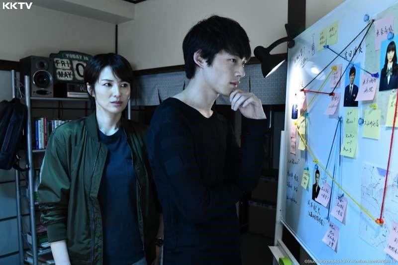《Signal》巧妙融入了許多韓國真實發生過的案件,真相的殘酷往往令人震撼。