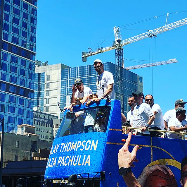 Klay and Zaza // Iggy munching down on some food // blue and gold confetti. Celebrating the Dubs in the best town there is. See story for more deets #dubnation #warriorsparade #oakland #lakemerritt #andreiguodala #warriors @warriors