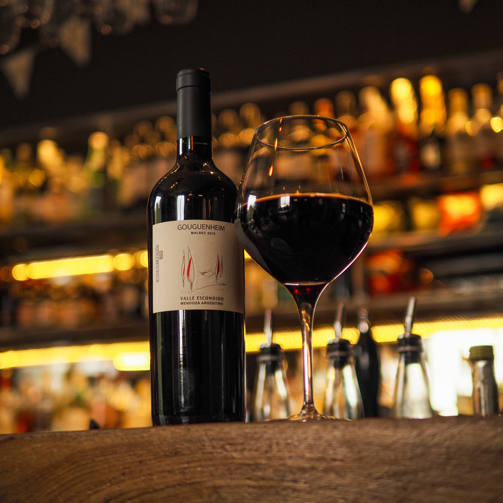 Red Wine (bar).jpg