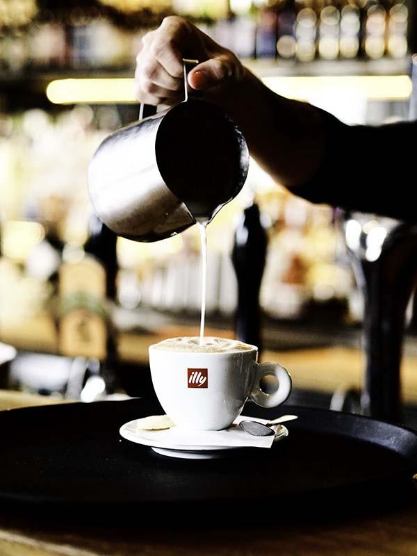 Coffeepour.jpg