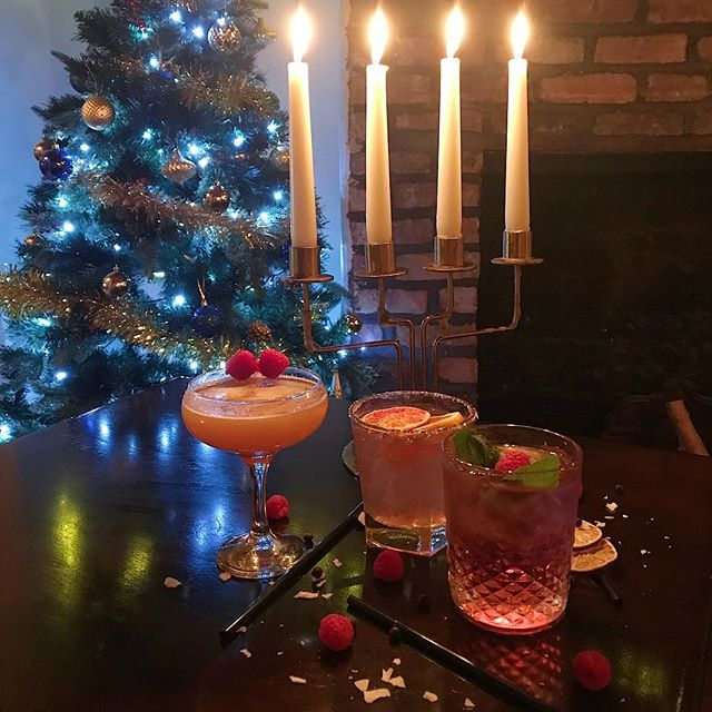 Still a few days left of Christmas! If you're lucky enough to still be off work come and celebrate with 2-4-1 cocktails until 7pm tues-thurs! If you're back in work then come and drown your sorrows!