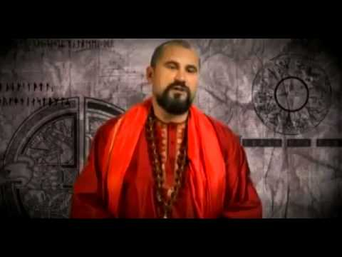 Vishnudevanda Giri - The well-known Russian spiritual master and organizer of the Advaita Vedanta Congress in Moscow, where thousands of people from all over the world have participated in the past years, will be introducing you into the world of advaita (Atma Vichara) in various units of this congress.He is the founder of the Center for LAYA Yoga in Russia. Mantras and ceremonies in the traditional Indian style frame his performances. Vishnudevananda impresses with clarity in his lectures and through spiritual realization.