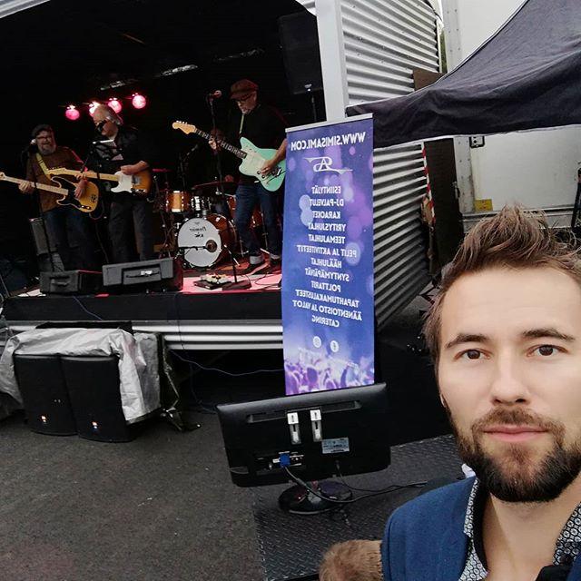 Rusko Rokkaa! Kohta ELVISTÄ vetämään😎 Soon I am gonna do my thing in my ELVIS SHOW😎. #ruskorokkaa #elvis #rock #rusko #oulu #yrittäjät #yrittäjä #entrepreneur #singer #laulaja #show #gig #keikka #fit #fitness #beastmode #fun #selfie #teamsimisami #music #musiikki @teamsimisami