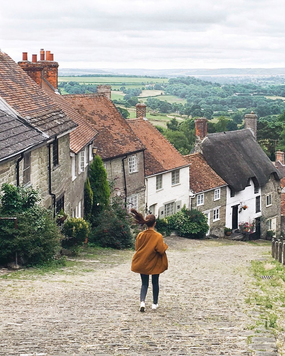 Ellie Dyduch - Gold Hill Shaftesbury