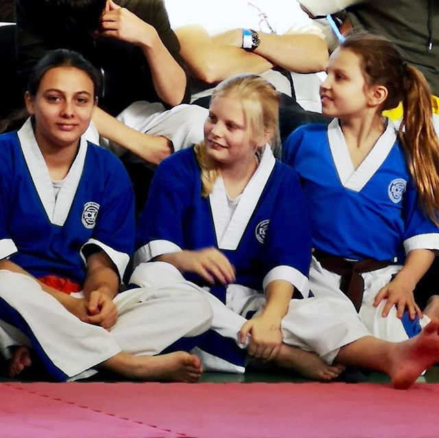 The fab Bletchley Dragons girls team! 2nd place in today's ECKA National Championships team event