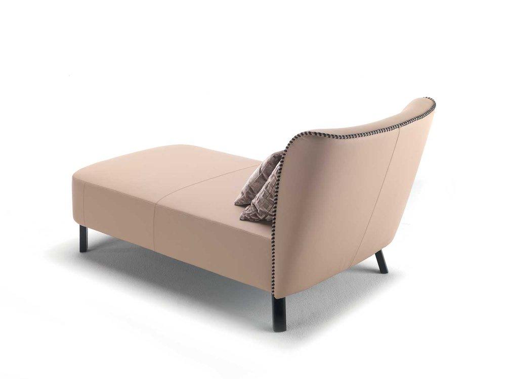 giulietta-chaise-longue3.jpg