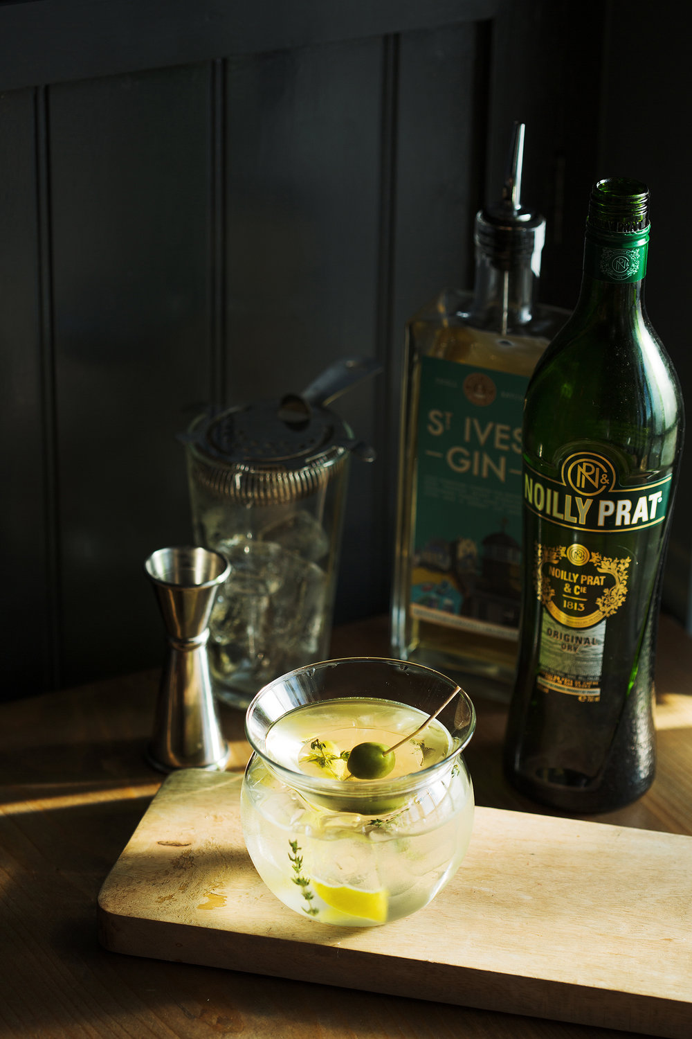 ST IVES GIN MARTINI -