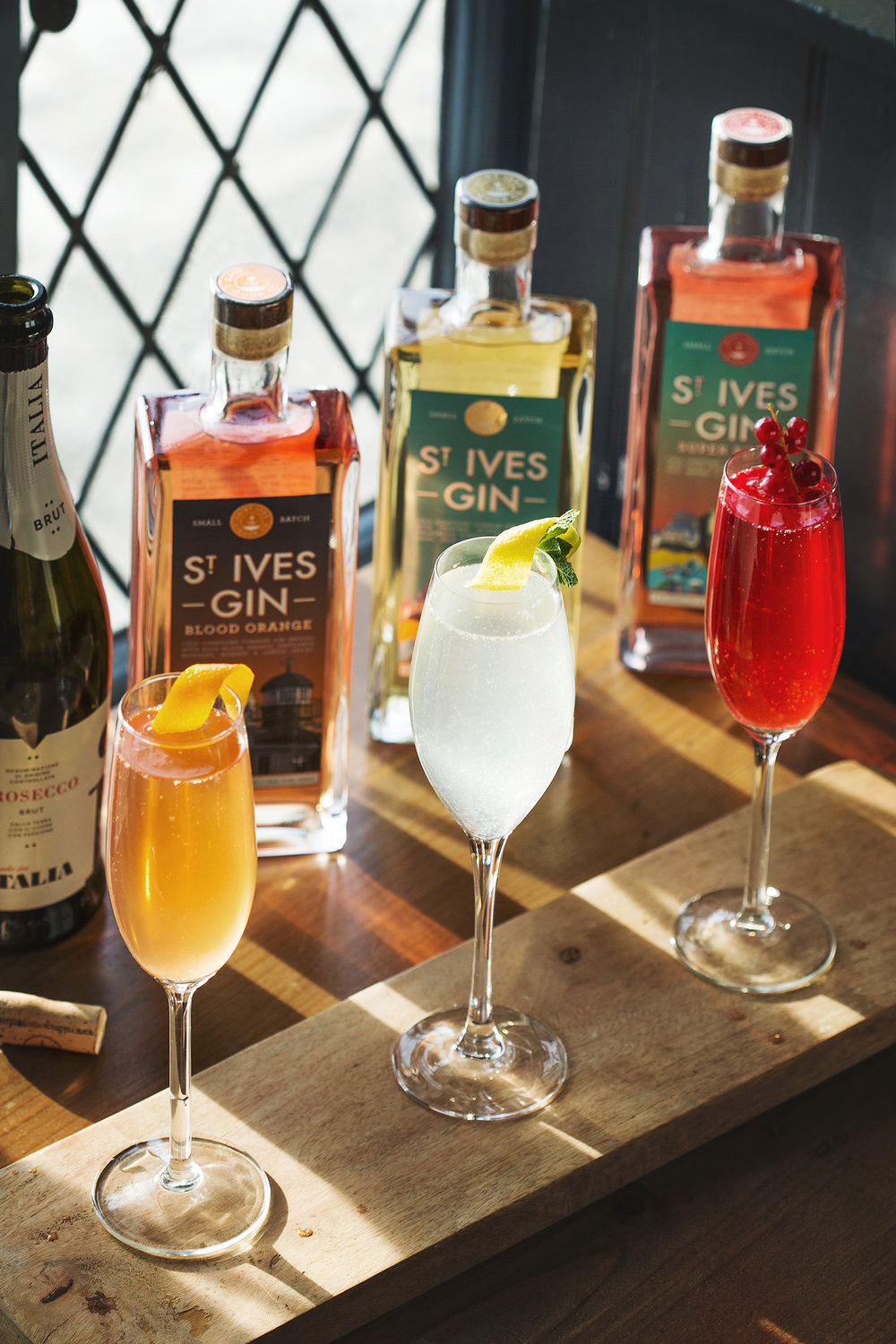 The SILCo. 75 Cocktails with St Ives Gins
