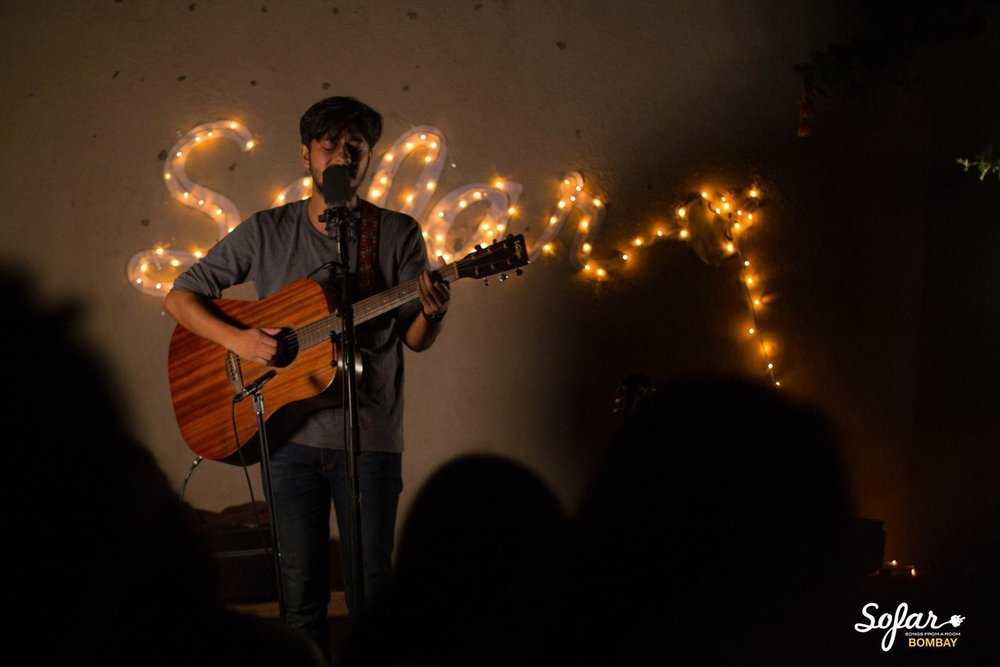 tejas-menon-at-sofar-sounds.jpg