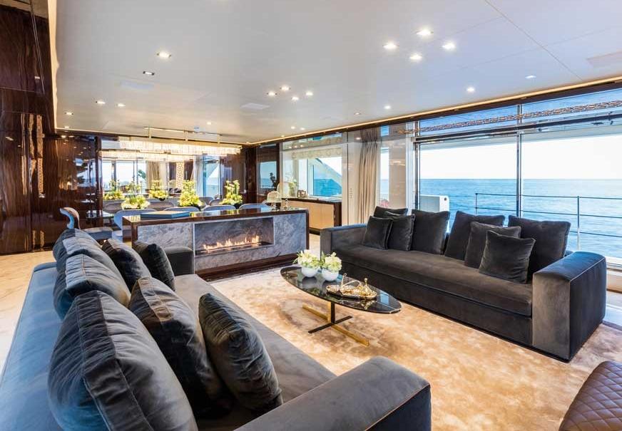 planika-yacht-fireline-fireplace.jpg