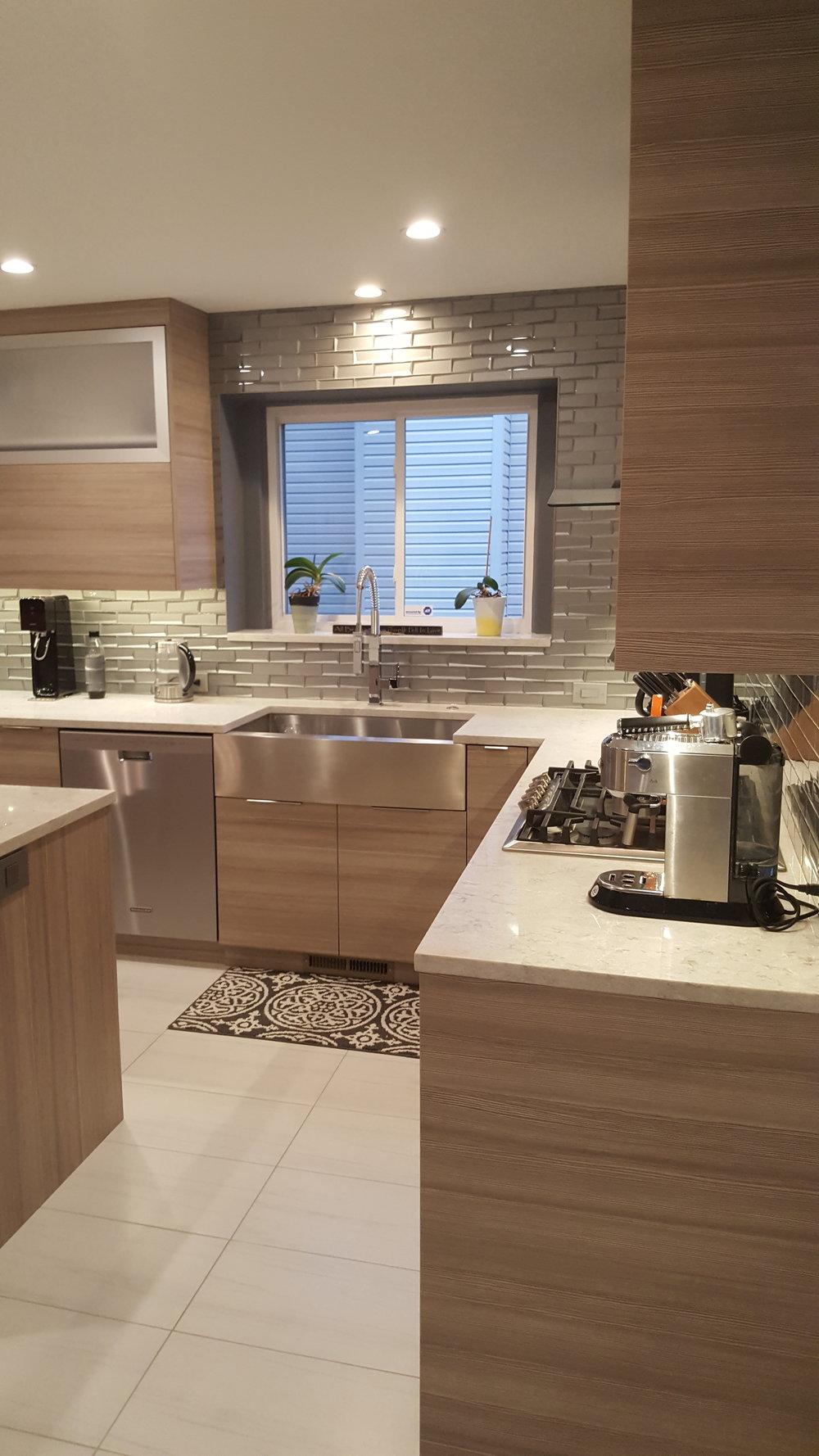 T-Kitchen 2.jpg