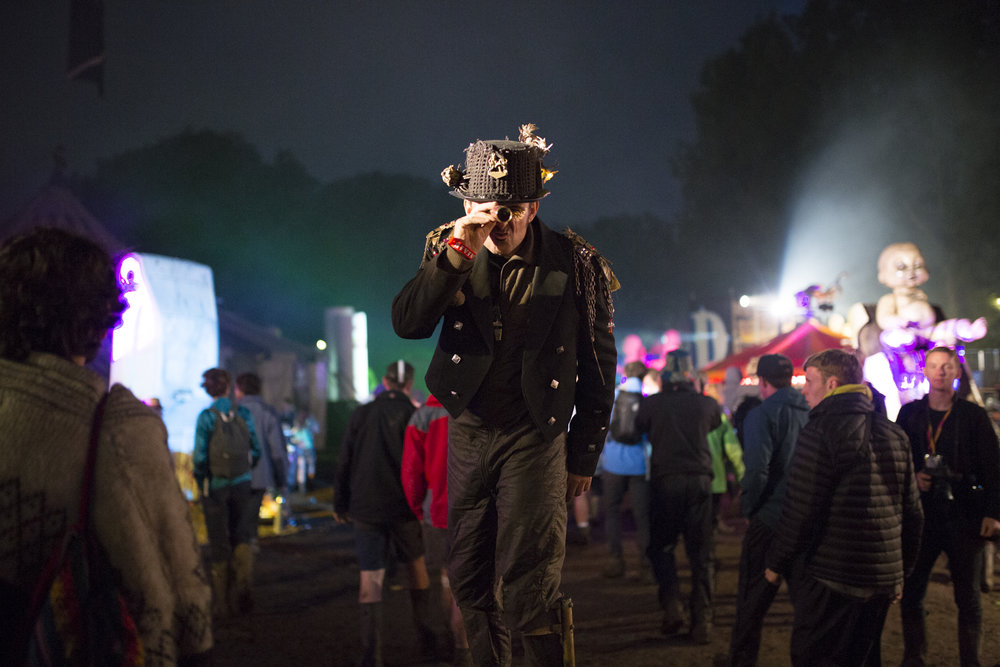 HN_GLASTO_NIGHT_35.JPG