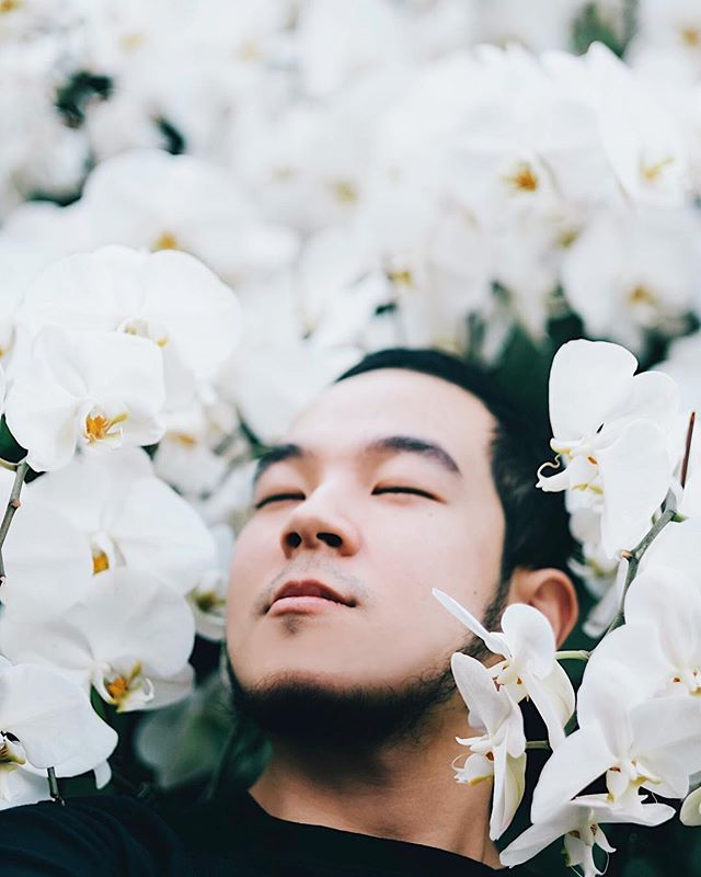 Flowers for days 😂❤️ photo of @eatchamp by @paulpayasalad