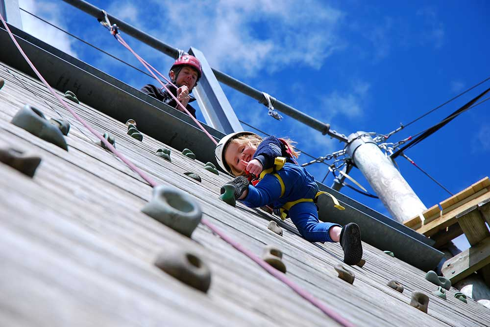 13.-Smiley-climber,-Galloway-Sailing-Centre,-Loch-Ken.jpg