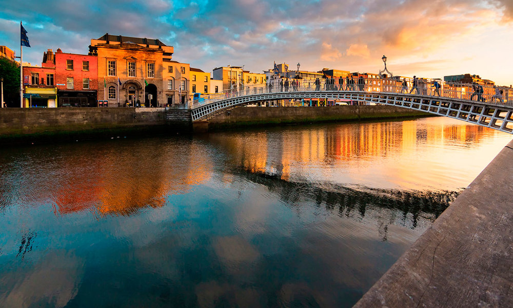 Dublin - Dublin is an amazing city with tons to do! Here are some suggestions for bars and restaurants if you plan to stay in the city.