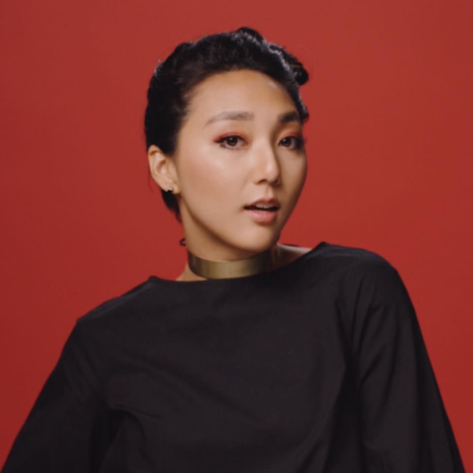 Clara Chung    Singer-Songwriter