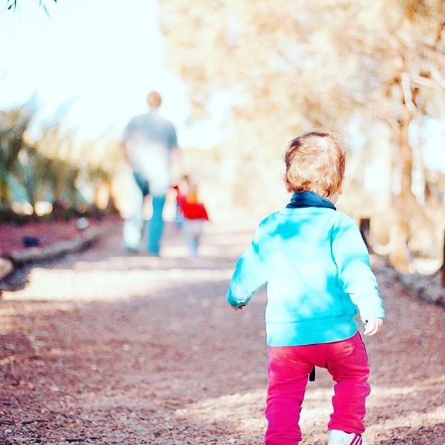 Did you know that you should spend MORE time outside in the winter? Yes even our mild SanDiego winters. Vitamin D is an important part of our physical and emotional health. With shorter days and less sunlight we should be soaking up as much as we can. That includes our children. Check out our most recent blog for more benefits of taking our kids outside.  https://bbla-sd.com/blog/2018/1/3/getting-outside-is-worth-it  #winterinsandiego #sdwinter #kidsatplay #kidsoutside #playground #health #wellness #vitamind #preschool #mom #dad #preschooler #infants #bbla