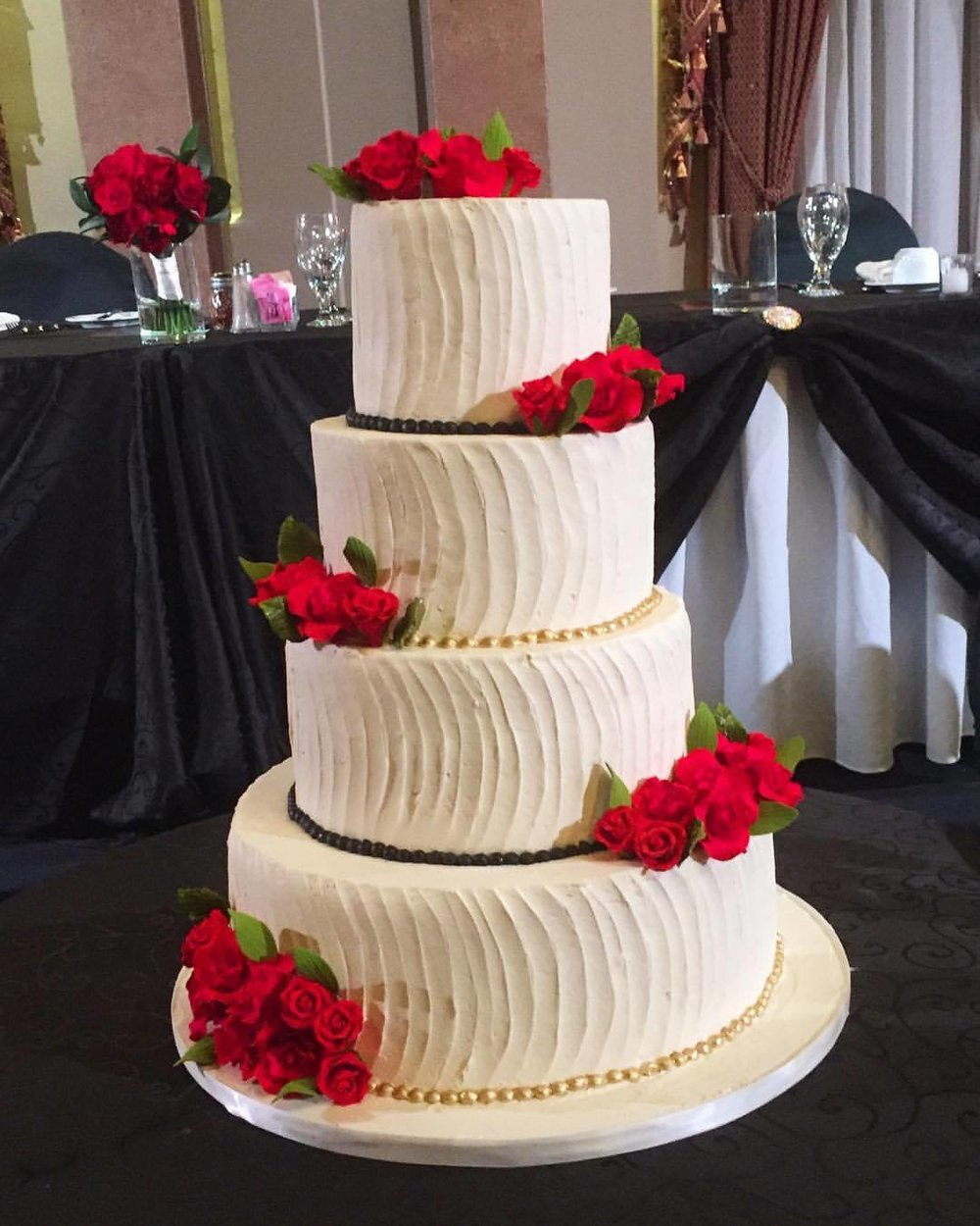 Red Rose Buttercream Wedding Cake