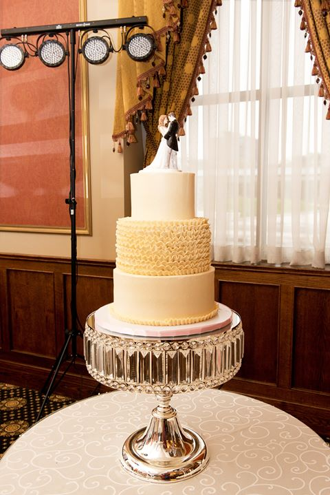 Liuna Station Wedding Cake