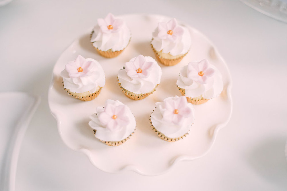 Mini Cupcakes with Florals