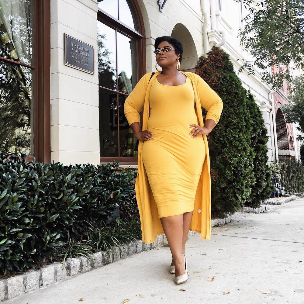 RHONDA PETERSON PLUS SIZE BLOGGER