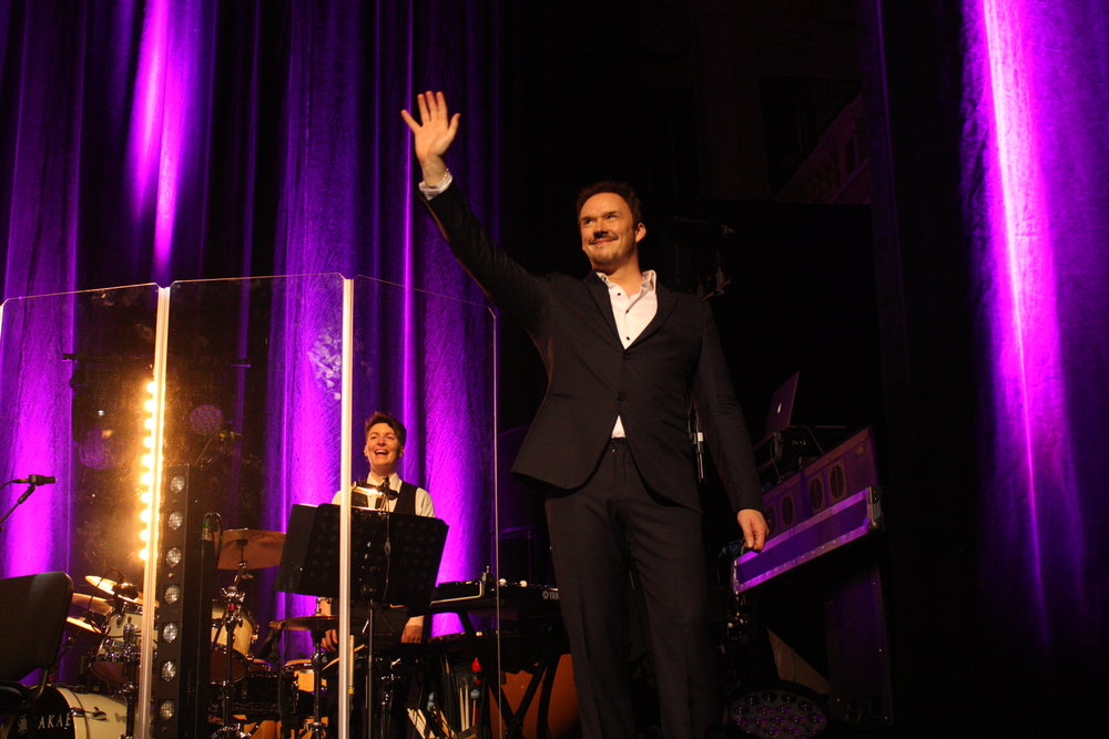 Onstage with Russell Watson