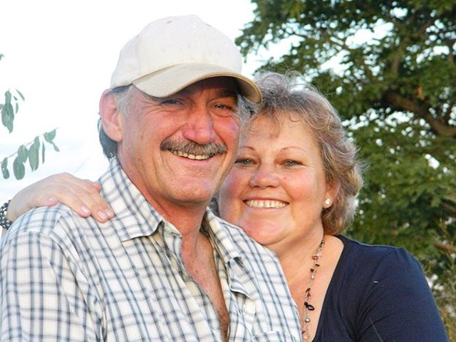 Time for a long overdue introduction! We're Andy & Sonja Webb, owners and managers of the Ol Pejeta Safari Cottages and we are so excited to meet you. The creation of this unique safari product has been our dream for years and now, with 30 years' industry experience in Southern and East Africa, we're confident that we have created an incredible and unique safari destination. It's our aim to give you an unforgettable safari, with memories to last a lifetime. Karibu! #safarilife #kenya
