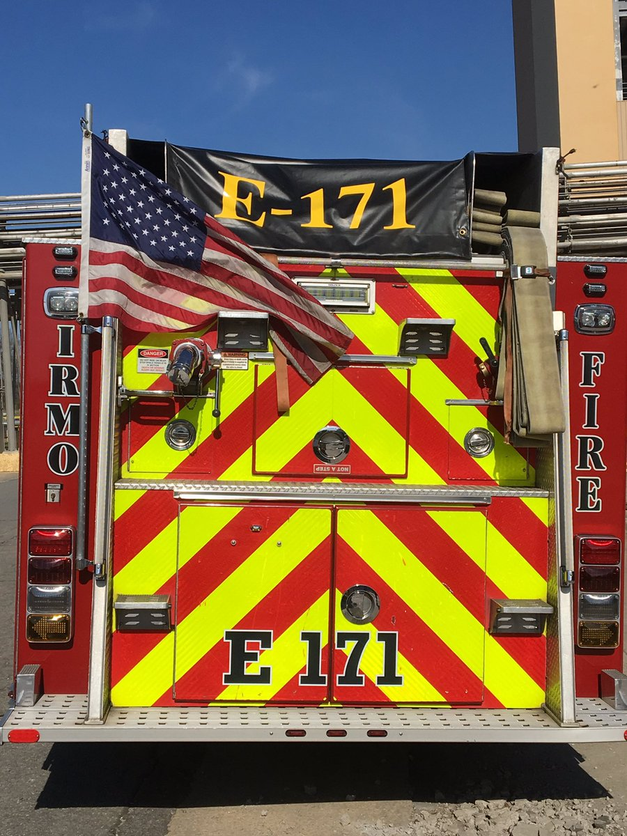 The rear of Engine 171 and its hosebed cover.