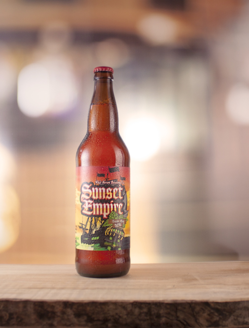 Fresh Hop Co-Op: Sunset Empire New England Style IPA | Bright yellow-gold with a little haze | ABV: 6.0%