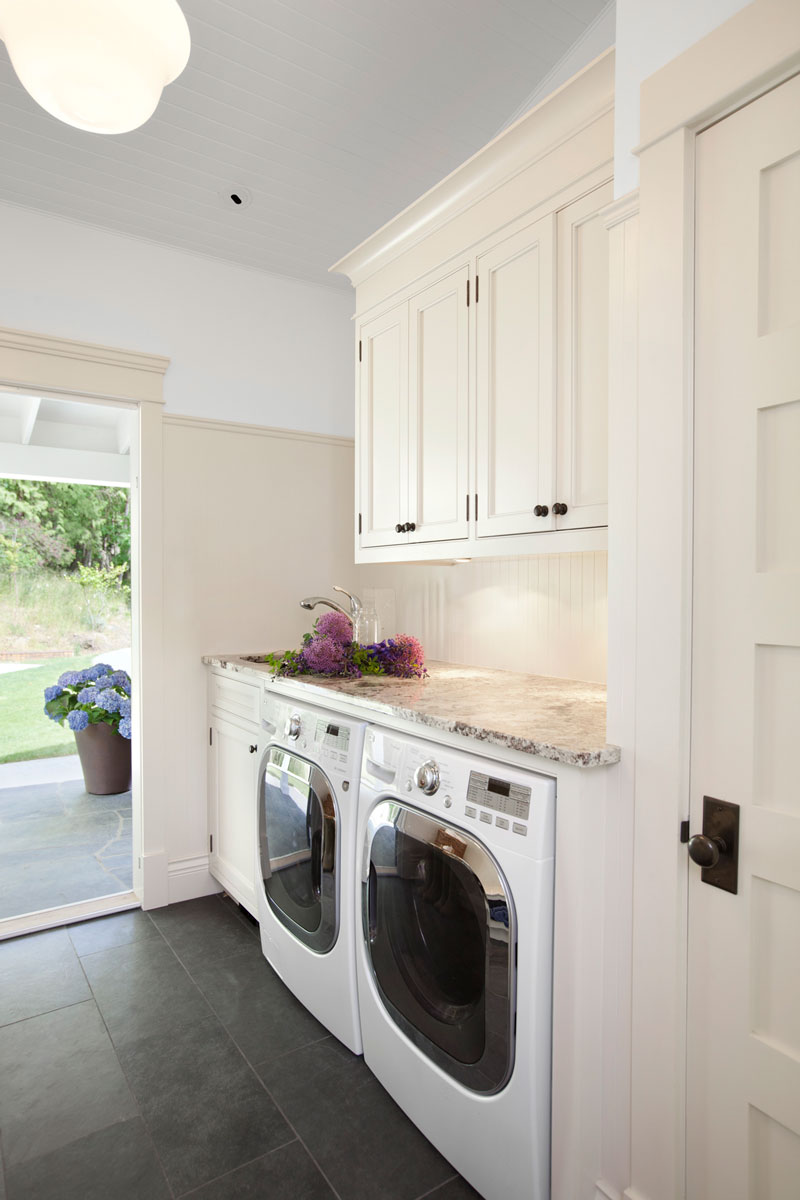 jodifoster-BR-laundry-800x1200.jpg