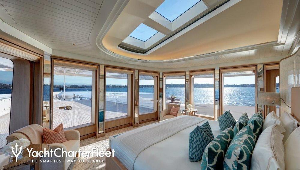 JOY-yacht--9-large.jpeg