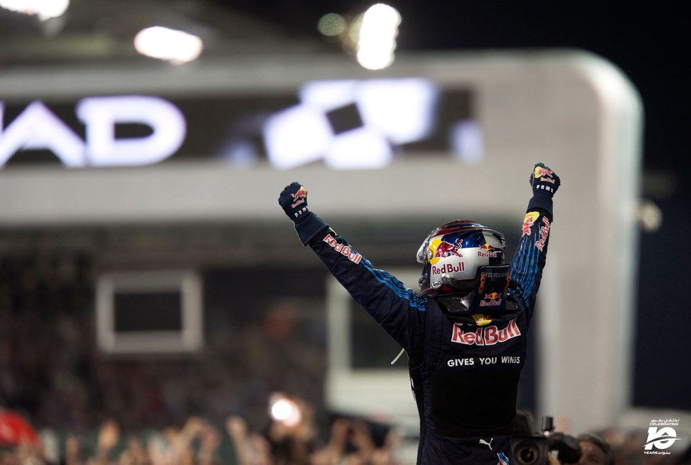 16.S.Vettel_Abu_Dhabi'09_354i_.jpg