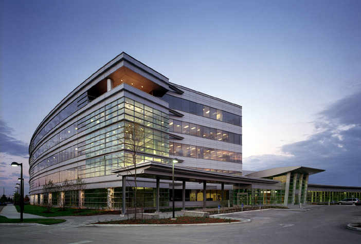 AstraZeneca Canada, Mississauga   The AstraZeneca Canada - Canadian Business Centre consisted of a five-storey office building, a galleria, and a curved pedestrian way.   (click for more)   Number of Storeys: 4 Size:  525,000 sq. ft.  Photos Courtesy of PCL Constructors Canada Inc.